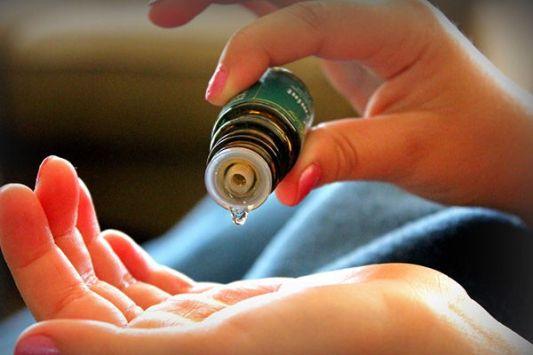 Image result for aceites esenciales aplicacion en niños