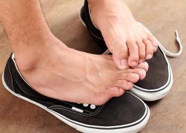 feet-on-sneakers