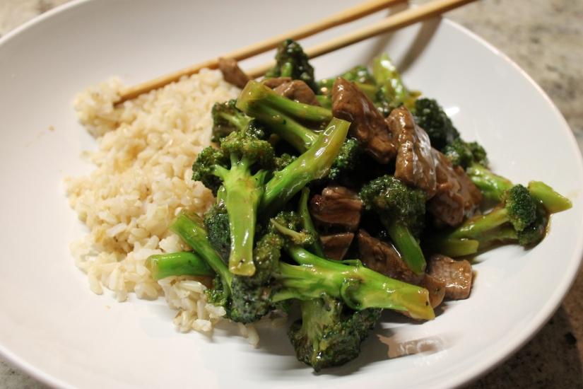 carne brocoli arroz
