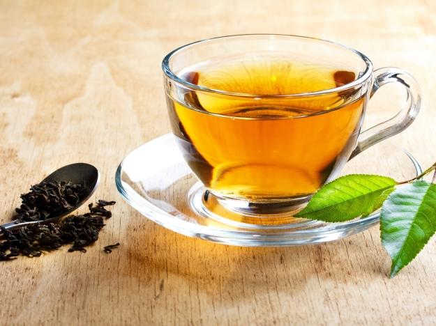tea_plate_cup_leaves_70834_1600x1200