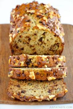 sour-cream-banana-bread-recipe-580x875