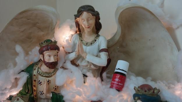 El Ángel de la Navidad con la mezcla Espíritu Navideño