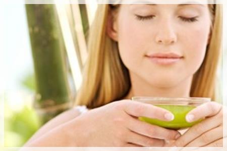 detox mujer jugo dieta-nutricion-pro-receta-de-caldo-depurativo