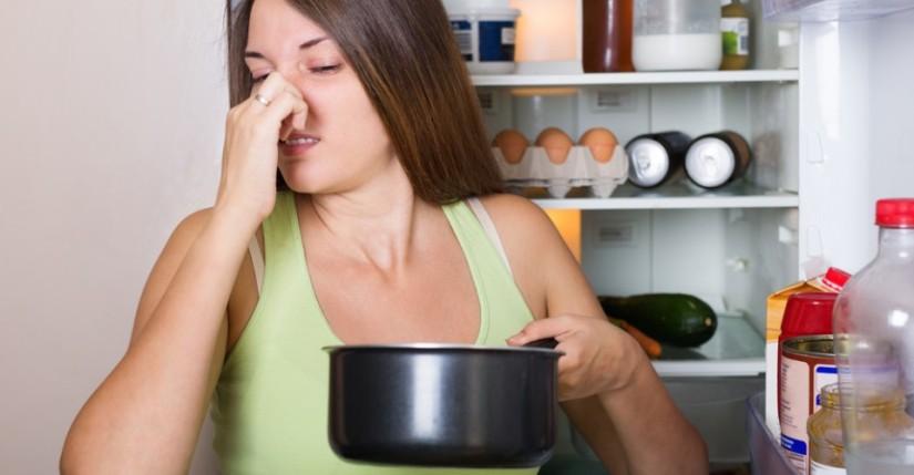 mal olor refrigerador